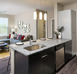 Furnished, High-End Apartments - Image 03